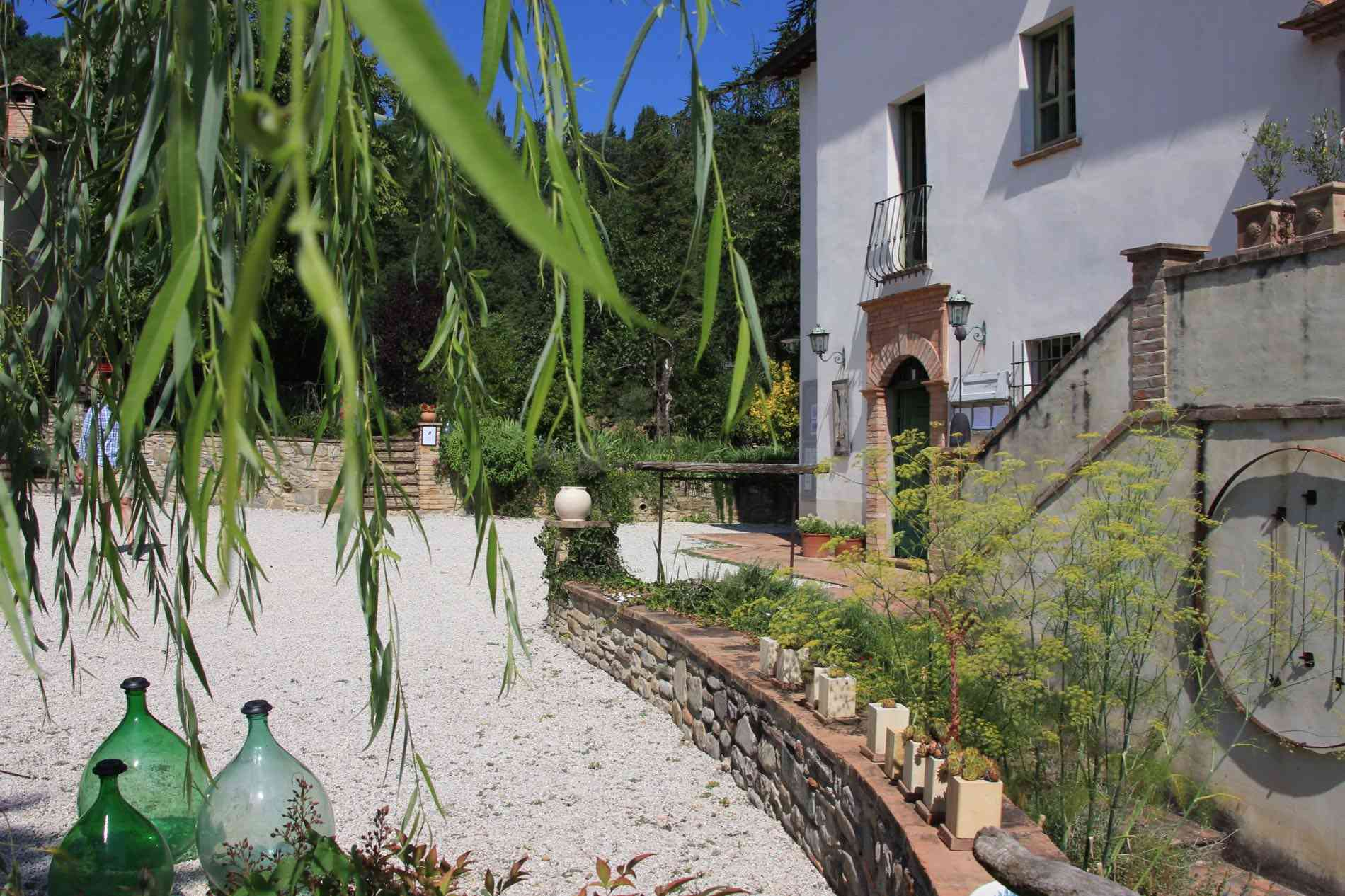Countryhouse in Umbria with self-catering apartments